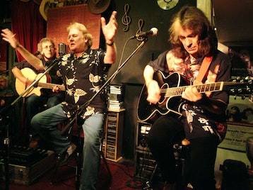 The Acoustic Strawbs: The Strawbs picture
