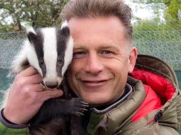 A Wild Night Out: Chris Packham, Paul Goldstein picture