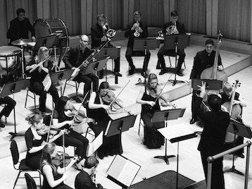 Sinfonia Cymru, Llyr Williams picture