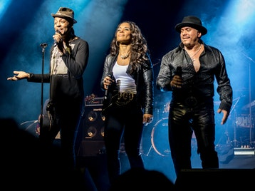 Friends 35th Anniversary Tour: Shalamar picture