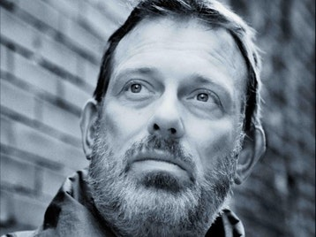 Tom Hingley artist photo