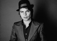 Gaz Coombes artist photo