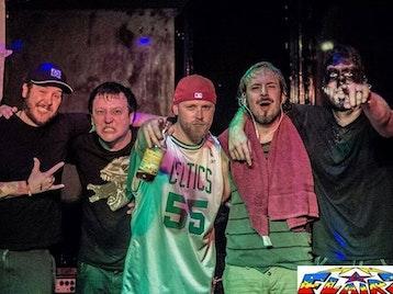 Stiff Bizkit, Korn Again, Hybrid Theory picture