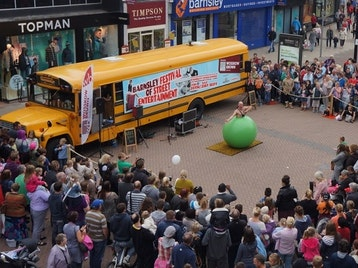 The Moor's Street Life Festival Of Street Entertainment picture