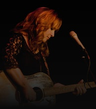 Gretchen Peters artist photo