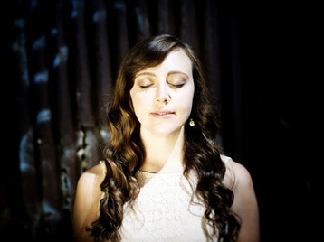 Siobhan Miller picture