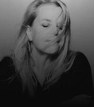 Mary Chapin Carpenter artist photo