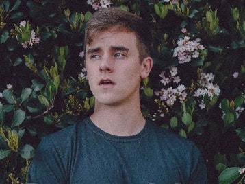 Connor Franta artist photo