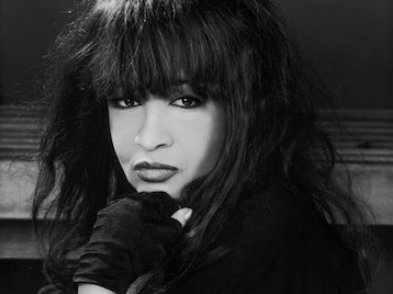 Ronnie Spector & The Ronettes - The Best Christmas Party Ever!: Ronnie Spector picture