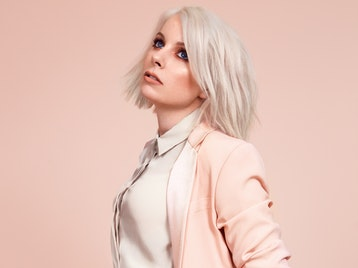 Little Boots artist photo