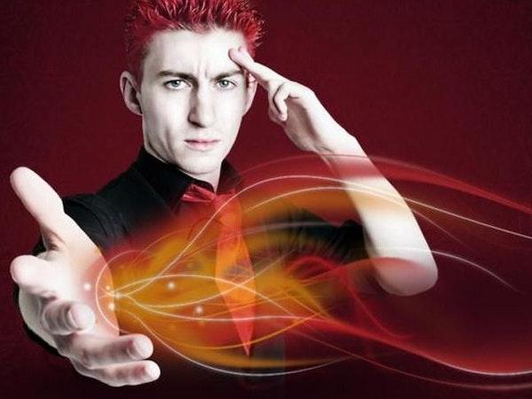 Robert Temple: The Hypnotist - Red Raw