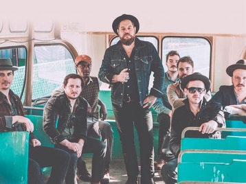 Nathaniel Rateliff & The Night Sweats artist photo