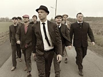 Thorbjørn Risager & The Black Tornado artist photo