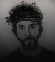 Ryan Hamilton artist photo