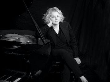 Piano Divas: Wendy Kirkland, Pat Sprakes, Paul Jefferies, Caroline Boaden picture