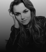 Samantha Barks artist photo