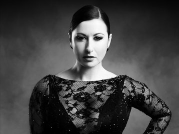 Hayley Tamaddon artist photo