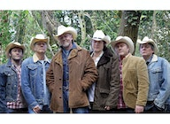 Los Pacaminos featuring Paul Young artist photo