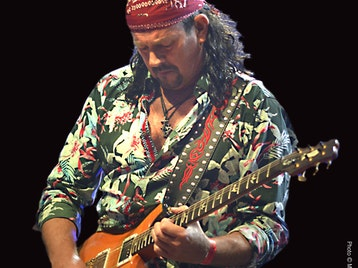 The Music Of Carlos Santana: Oye Santana picture
