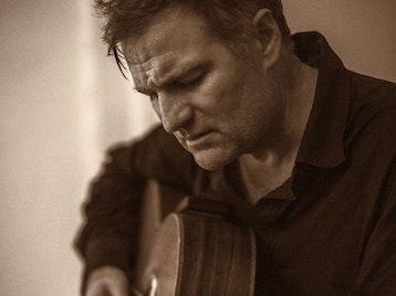 Nick Harper artist photo