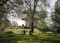 Battersea Park artist photo