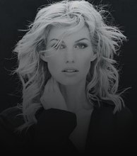 Faith Hill artist photo