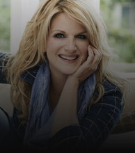 Trisha Yearwood artist photo