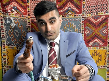 Edinburgh Fringe Previews: Tez Ilyas, Suzi Ruffell picture