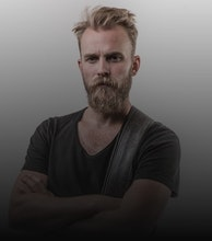 Joey Landreth artist photo