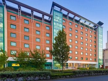 DoubleTree by Hilton Hotel Woking venue photo