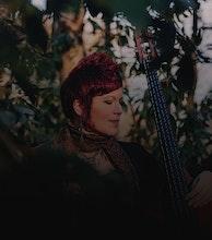 Miranda Sykes artist photo