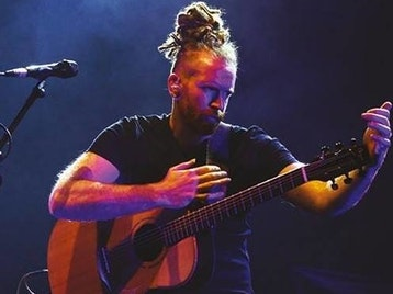 The Studio Zoo Tour: Newton Faulkner picture