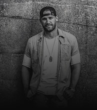 Chase Rice artist photo
