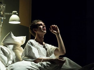 Film promo picture: Angels in America Part One: Millennium Approaches