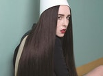 Allie X artist photo