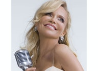 Kristin Chenoweth artist photo