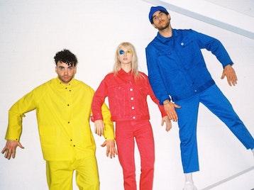 Paramore artist photo
