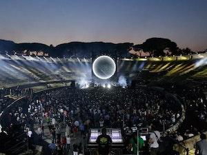 Film promo picture: David Gilmour: Live at Pompeii