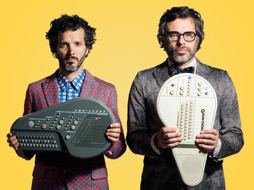 Flight Of The Conchords, Arj Barker picture