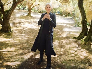 Fare Thee Well Tour: Joan Baez picture