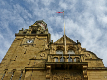 Cleckheaton Town Hall picture
