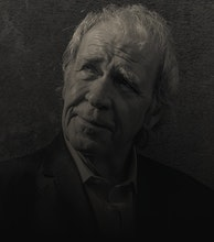 Finbar Furey artist photo