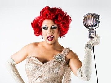 'Hello' - New Show, New Shoes, New Earrings: La Voix picture