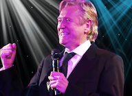 Joe Longthorne artist photo