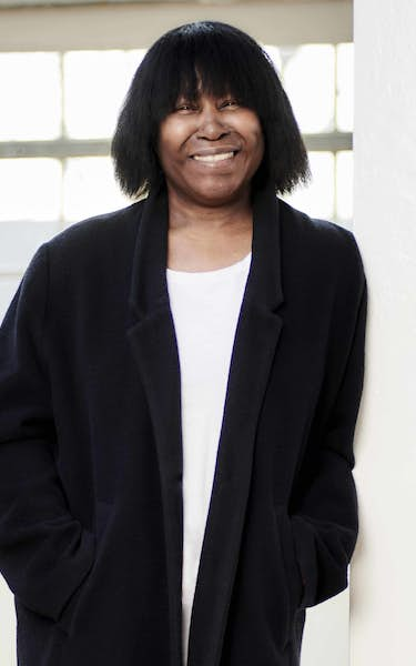 Joan Armatrading With Band – Live from London