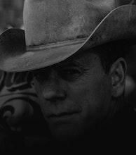 Kiefer Sutherland artist photo
