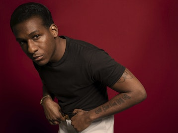 Leon Bridges artist photo