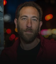 Ari Shaffir artist photo