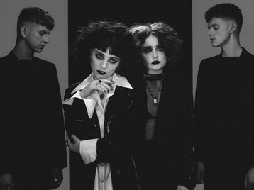 Pale Waves, King Nun picture