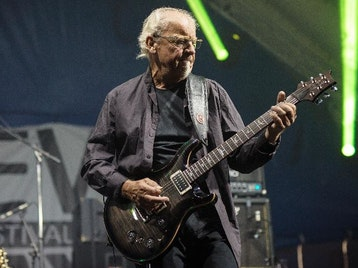 Martin Barre artist photo